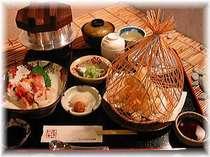 来島の幸!鯛釜飯付の夕食。ご希望のお時間に炊き上げます。天ぷら・刺身付。,愛媛県,ターミナルホテル東予