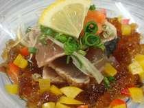 会席料理、お造り・・・鰹のたたきも紅葉亭スタイルで・・,愛媛県,ターミナルホテル東予