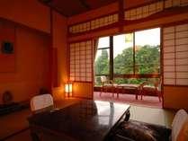 【和室】和賀川の四季の彩りを望む客室