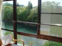 【和室】川側お部屋の眺望