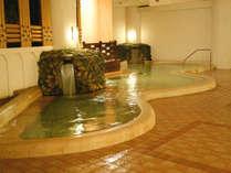 「くどりの湯」白浜野嶋温泉のお湯は体の芯から温まると好評をいただいております。