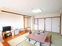 和室10畳(バス・洗浄機能付きトイレ完備)