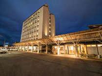 【*外観】エリア最大級の温泉施設併設の高知黒潮ホテル