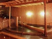 【花すみか】露天風呂:打たせ湯もあります