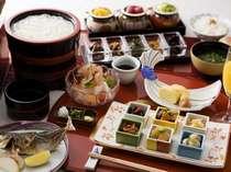 【選べる朝食】釜揚げうどんや焼きたて出汁巻玉子等の和朝食(一例)