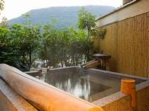 【花くらぶ】露天風呂付客室:象頭山の四季の情景を眺めながらプライベートな温泉をお楽しみいただけます