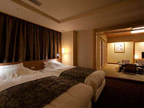 【らくわ和洋室】2間続き客室(和室10帖+ベッドルーム)