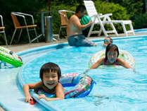 【ガーデンプール】浅いプールもあり小さなお子様も楽しめます(夏期限定)