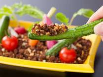 料理長特製味噌で旬の野菜を堪能(一例)