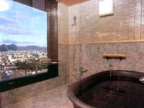 ◆コーナースイート‐山草花◆展望風呂からは、讃岐の街並みを望むことができます