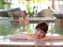 ■1F花てらす■たくさんの種類のお風呂は、何度でも利用したくなるほど。湯あたりにはご注意。