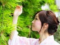 源泉掛け流しの名湯は美肌効果も高く、女性におすすめ。蔵王の大自然の恵みで心も身体もリフレッシュ!