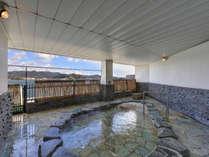 *【2階露天風呂】眼下に広がる奥浜名湖の景色を是非御堪能ください♪