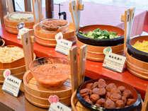 *【朝食バイキング】ほくほくのご飯と佃煮やお漬物で日本の朝食を!