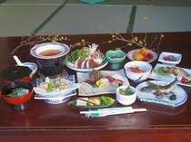 4800円のご夕食の一例です。メインは秩父地方のいのしし鍋です