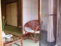 1階102号室:和室10畳バス・シャワートイレ付
