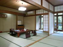 和室15畳タイプのお部屋です