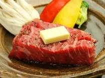 柔らかく風味が豊かな群馬の名産「上州牛ステーキ」!お好みの焼き具合でお召し上がり下さい♪