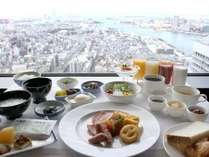 ◎最上階51階での朝食「和洋バイキング」