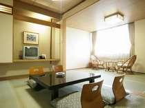 和室12畳 全室バス・シャワートイレ付、夏期は冷房、冬期は暖房完備(中間期、非稼働の場合あり)