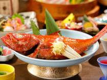 金目鯛を甘辛く濃いめの味付けで仕上げた漁師風の煮付け