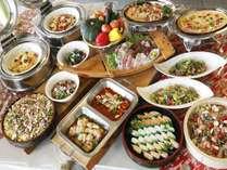 【ディナーバイキング】 マリンホテルの一番人気、和洋中約50種類のお料理☆☆