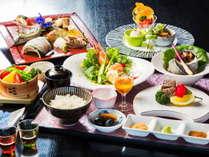 【夕食】和食も洋食も堪能できる!『和洋折衷御膳』※写真はイメージ