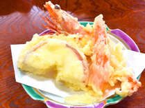 *【夕食一例】青森県ならではの、りんごの天ぷらも人気の一品です。
