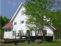 Alpine Inn MIZUSHIRO exteria in Spring