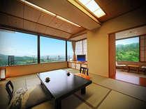 タワー館の和室からは歴史ある会津の城下町を一望できます。