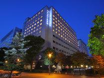 JR立川駅北口徒歩3分/多摩モノレール立川北駅徒歩2分!羽田・成田空港よりリムジンバスも運行!