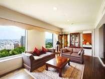 【オリエンタルスイートルーム】リビング・ベッドルーム・和室を備えた95.8㎡の贅沢なサウナ付客室。
