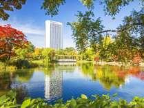 ホテル外観*秋 四季折々の景観をお楽しみ下さい