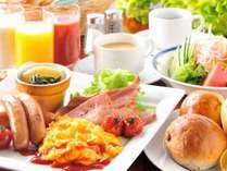 【朝食(和洋折衷バイキング)】和洋併せて約30種類のメニューをご用意いたしております。
