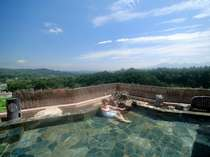 大自然に囲まれた空中露天風呂※開放感溢れる絶景♪2010年4月撮影