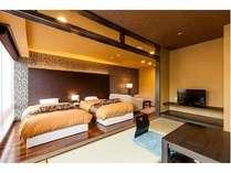 露天風呂付き客室 四季彩 ツイン+4.5畳和室+リビング/2013年4月撮影