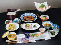 *ご夕食(一例)/四季折々の旬の素材を使った創作のお料理