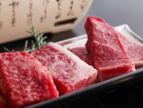 伊賀牛を網焼きでジュ~ッ♪香ばしい香りとジューシーさがたまりません!(一例)