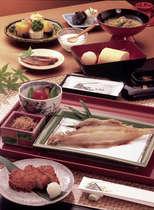 朝食:和定食特産さばのへしこ自家製さつまあげ