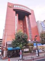 ホテル外観。山形市の中心市街地「七日町」に位置し、観光庁、飲食街に隣接。