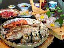 淡路名物の『宝楽焼』は鯛、サザエ、海老などを蒸し焼きにした豪華絢爛な海の幸料理!★当館オススメNo.1★