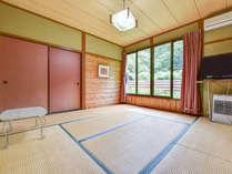 *【和室8畳】1名様から過ごしやすい広さのお部屋です。