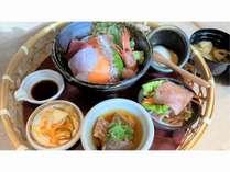 朝食『花かご御膳』海鮮丼一例)甘エビ、真鯛、サーモン、平目、本マグロ