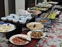 【長期復興/平日限定】連泊でも飽きない!ビュッフェ式ご飯で好スタート<朝食付>