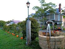 秋は、収穫祭! 山も畑も 豊饒の喜びにわいているよ