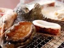 当館一番人気の海鮮炭火焼!!お好みの焼き加減でどうぞ♪