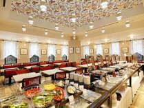 和食・洋食を取り合わせたブッフェ形式の朝食をご用意しております。