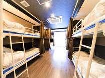 女性専用のドミトリールーム。都内駅チカで安価&安心してご宿泊いただけます。