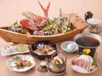 新鮮魚介の宝船☆地魚舟盛りとふじの国ポークすき焼き和み会席