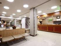 1階 フロント・ロビー